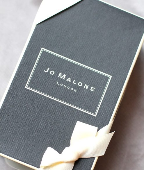 Jo Malone scent surround diffuser in Pomegranate Noir
