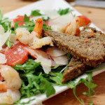 RECIPE: winter salad with grapefruit & prawns