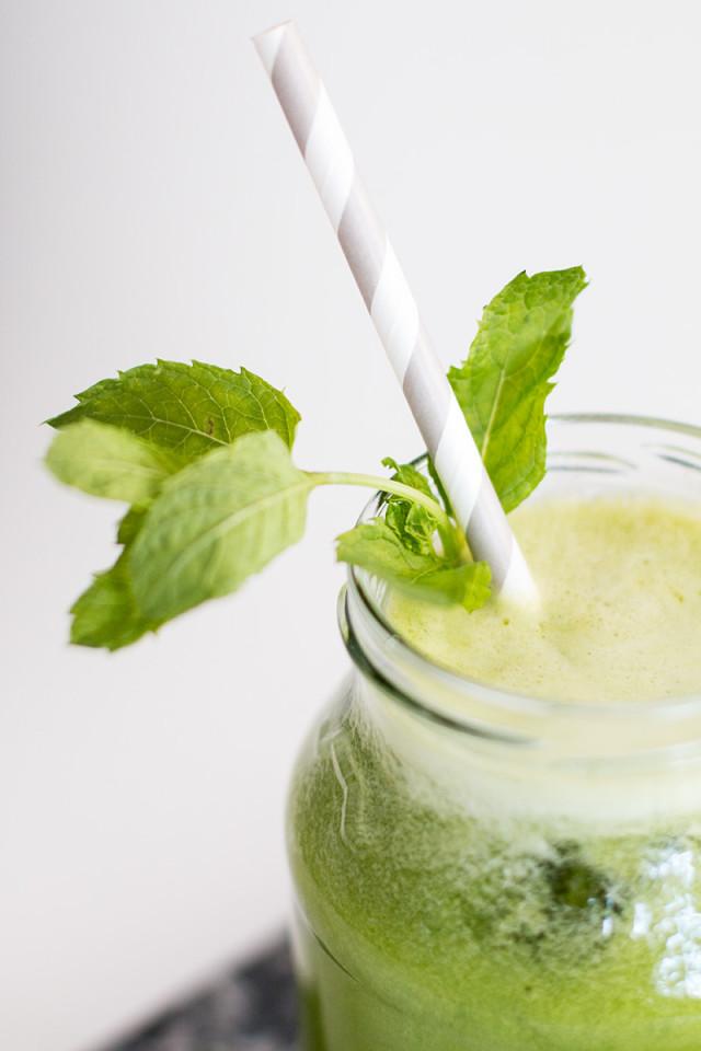 RECIPE: detox deluxe green juice