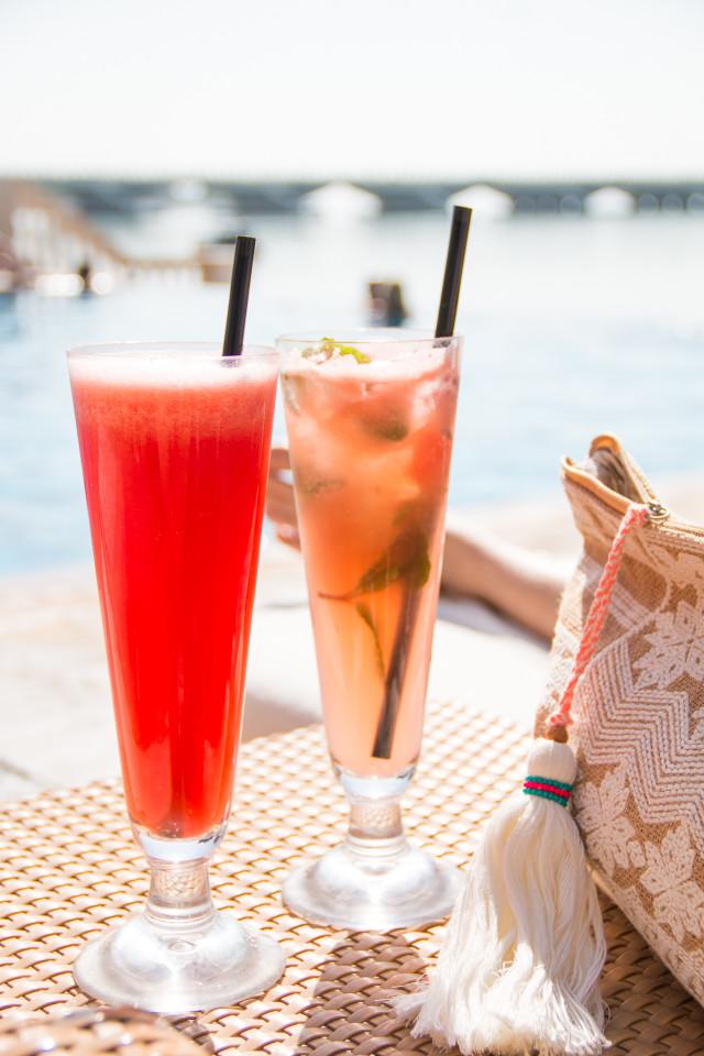 10 Things To Do In Abu Dhabi | Bikinis & Passports