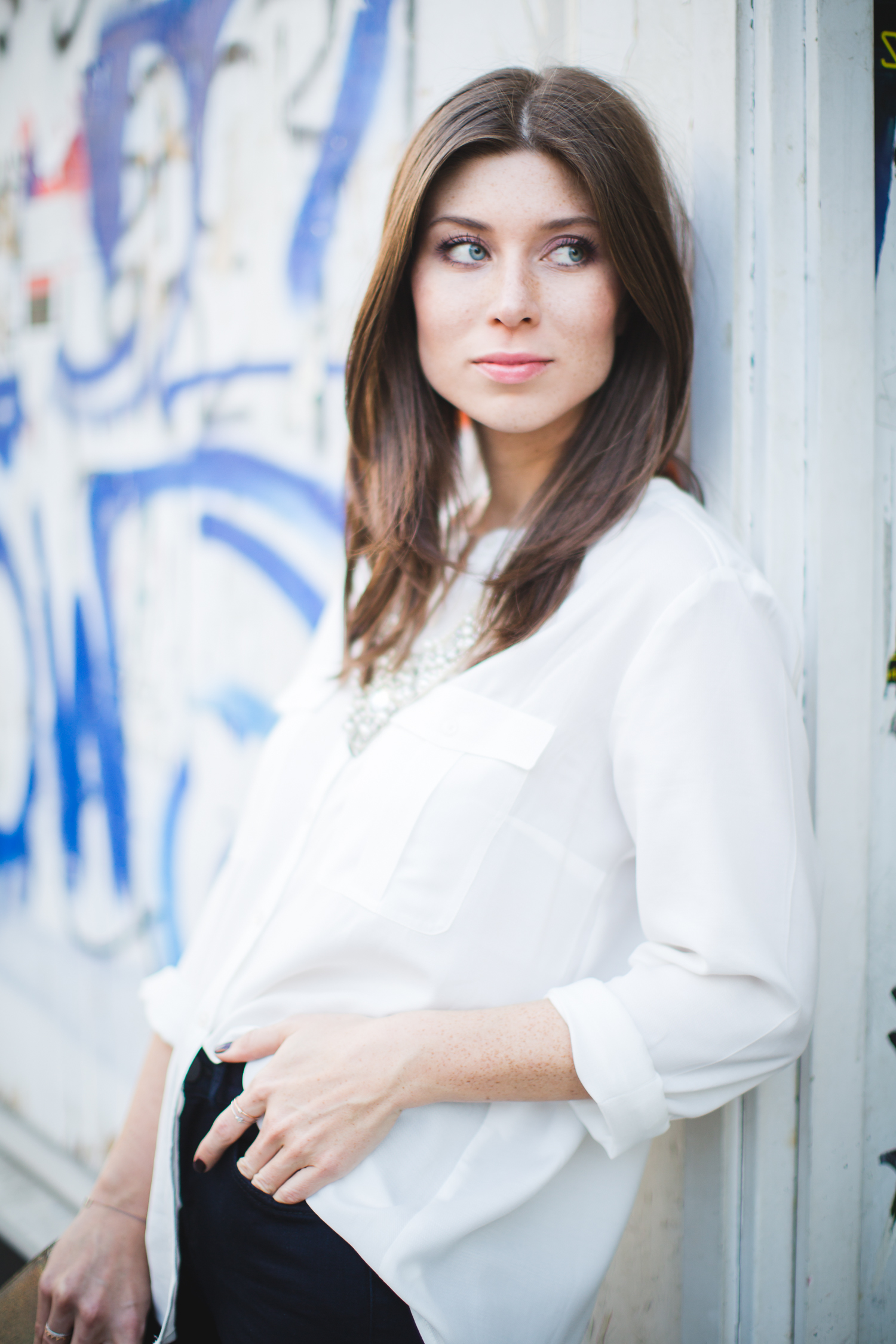 OUTFIT: a versatile white blouse + video
