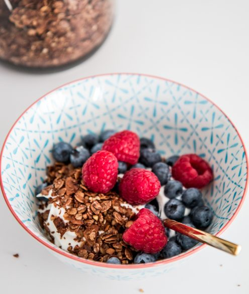 RECIPE: healthy homemade granola | Bikinis & Passports