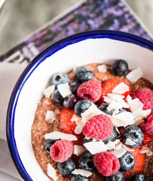 Recipe: Healthy Chocolate Porridge | Bikinis & Passports
