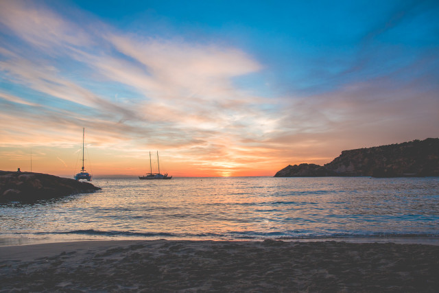 TRAVEL: my (mini) guide to Ibiza | Bikinis & Passports