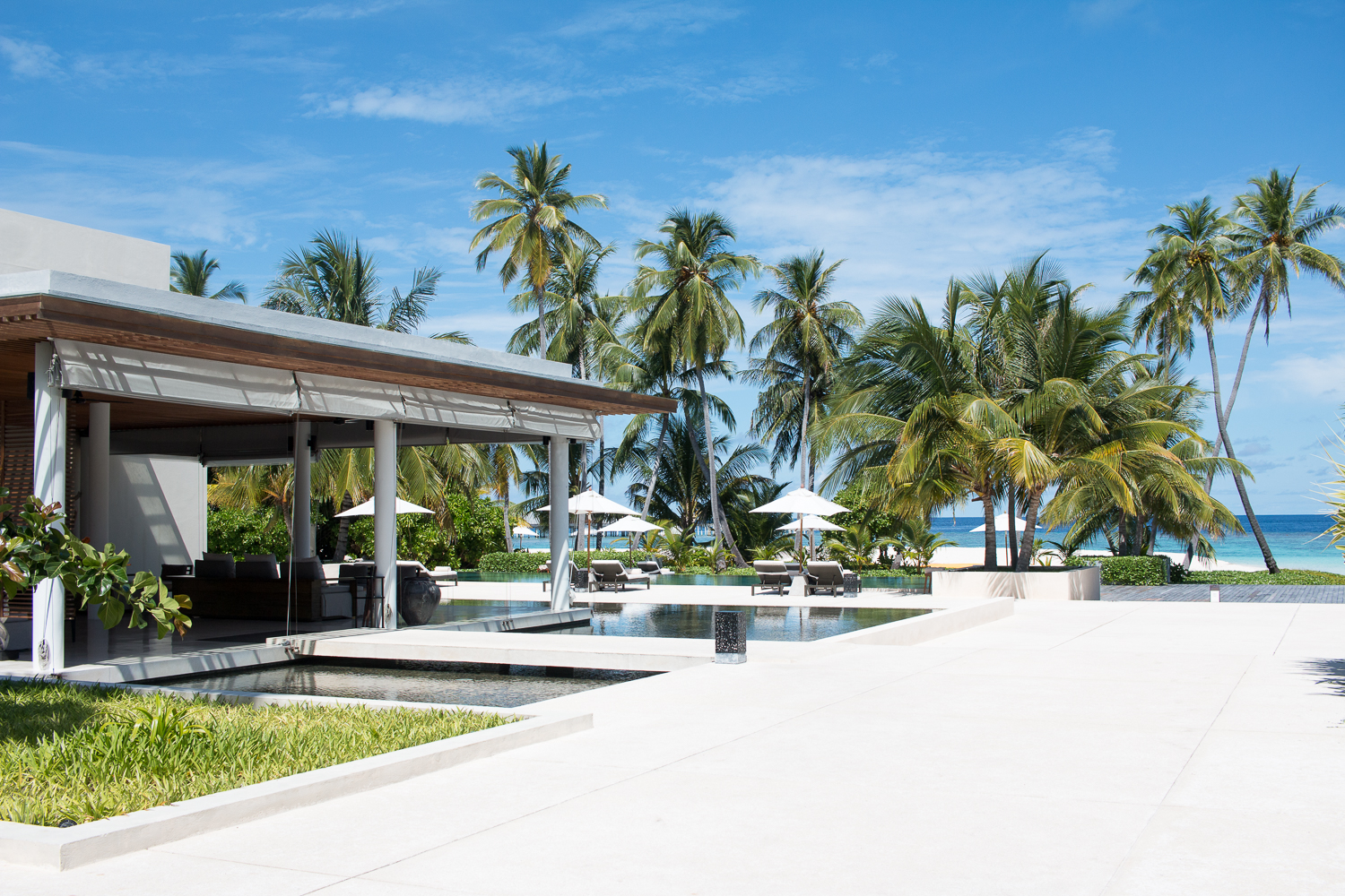 TRAVELS: Park Hyatt Maldives Hadahaa Hotel Review | Bikinis & Passports