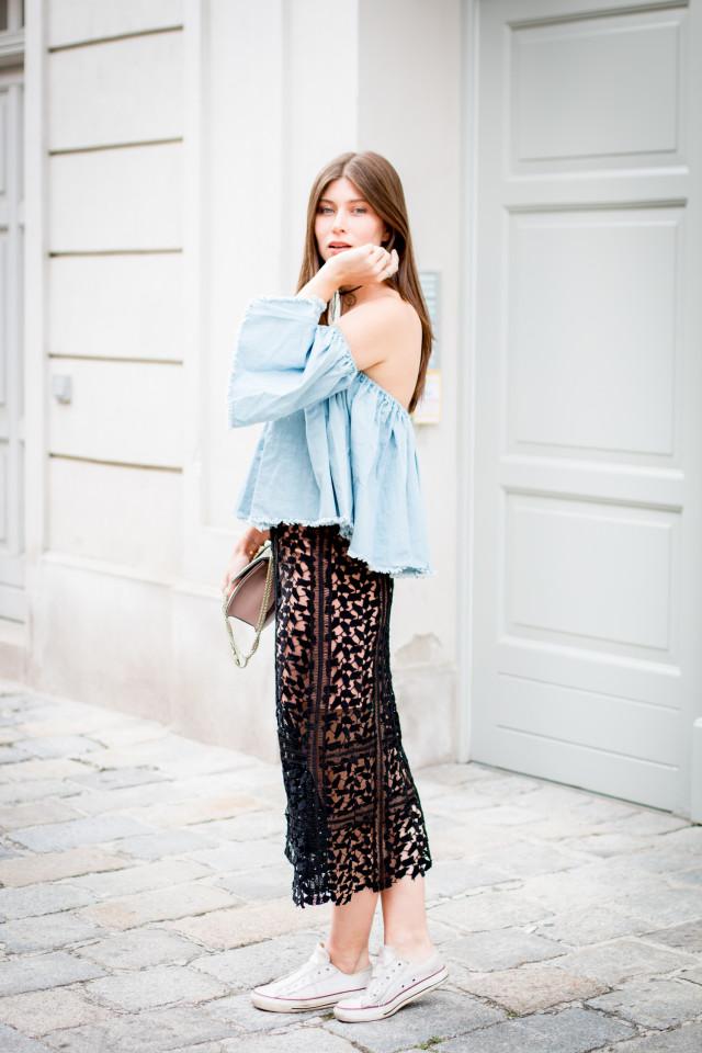 Chicwish black lace midi skirt | Bikinis & Passports