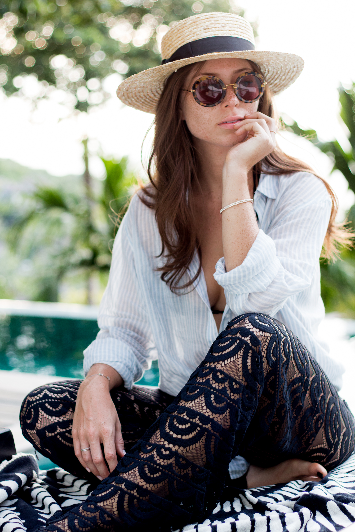 OUTFIT: poolside