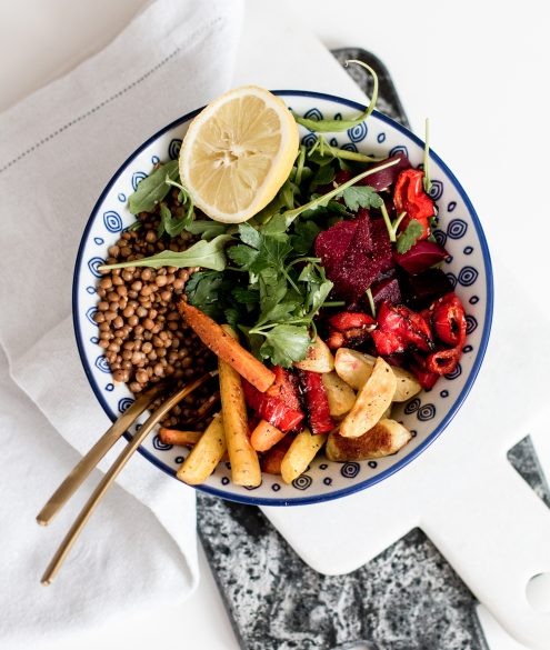 5 steps to creating the perfect lunch bowl | Bikinis & Passports