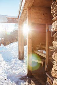 PURESLEBEN Altenbach Stadl Sauna - Bikinis & Passports