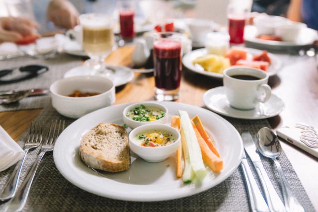 Breakfast at Heritage Le Telfair | Bikinis & Passports