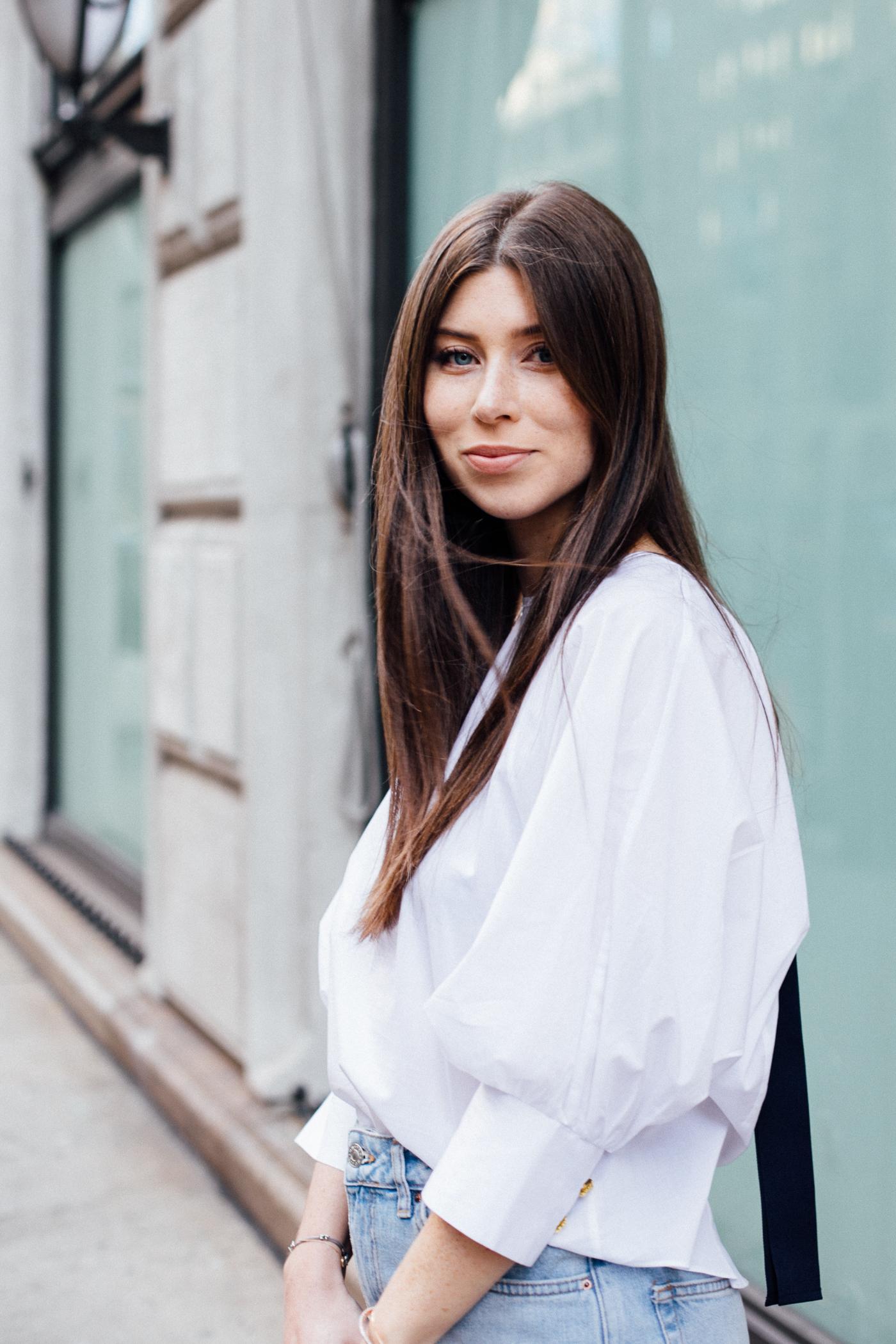 OUTFIT: denim jeans + white blouse | Bikinis & Passports