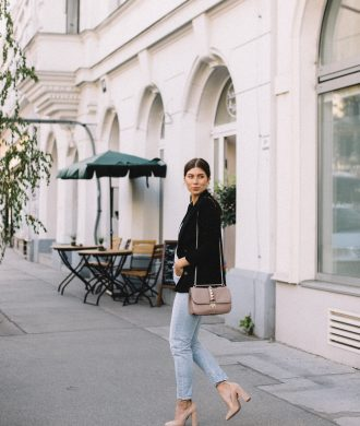 Outfit: Citizens of Humanity Liya Jeans | Bikinis & Passports