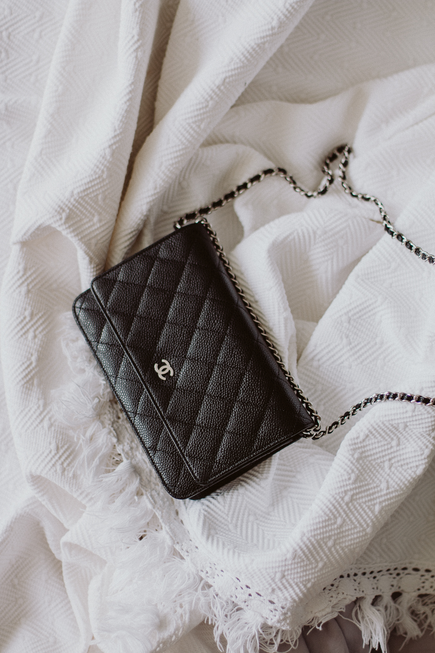 What's in my bag: Chanel Wallet on Chain