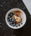 healthy porridge recipe: vegan & gluten-free | Bikinis & Passports