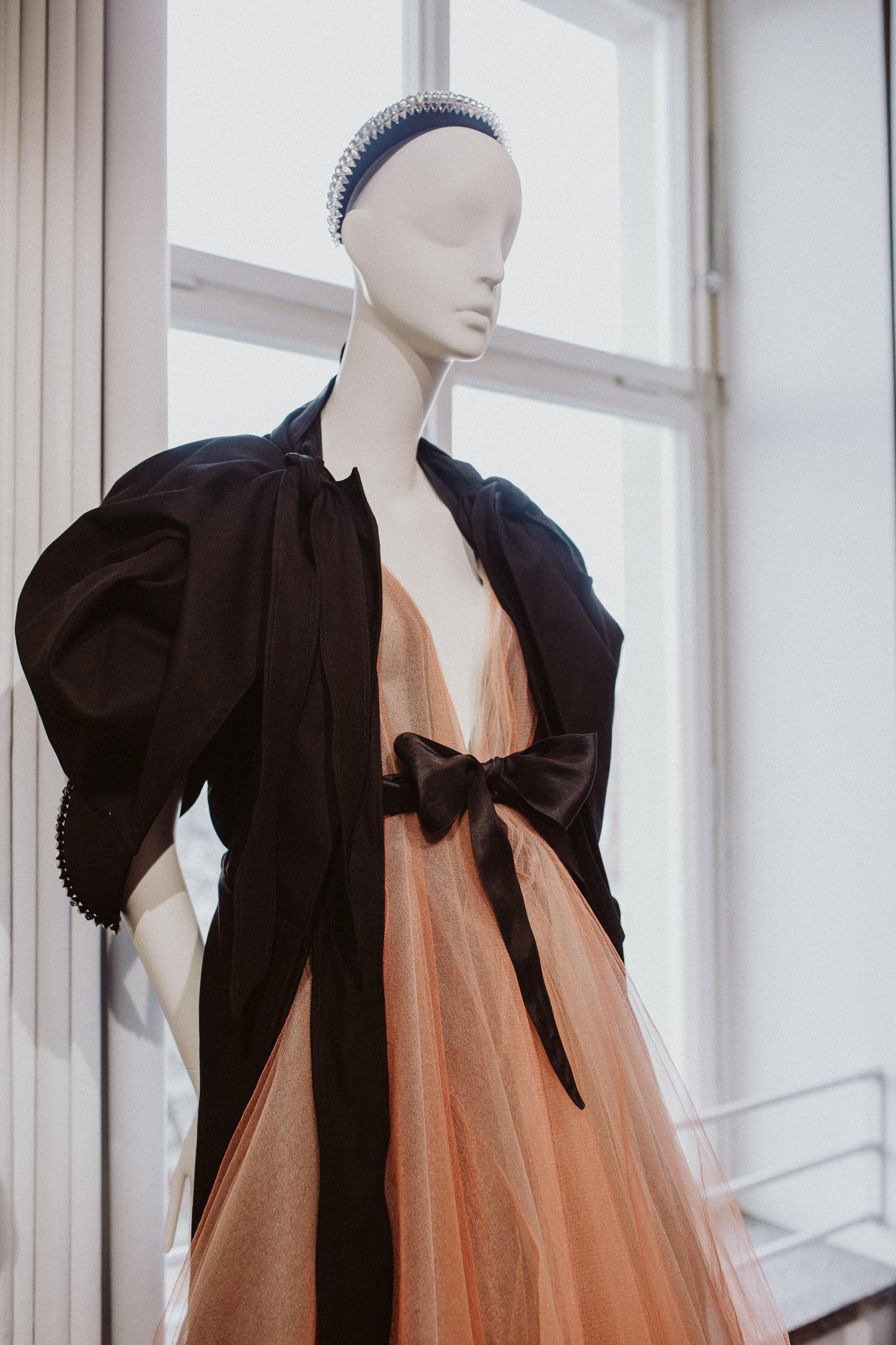 Vogue Salon Swarovski, Berlin Fashion Week | Bikinis & Passports