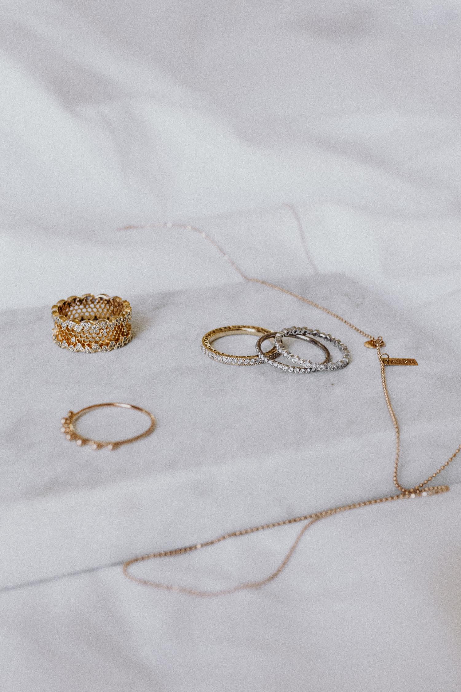 My Every-Day-Jewellery | Bikinis & Passports