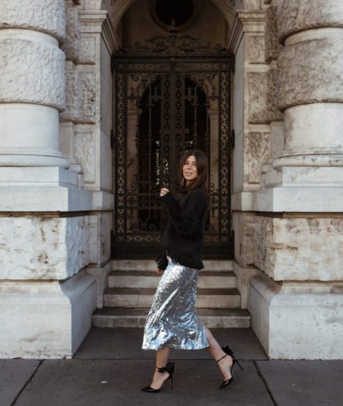 How To Style A Sequin Skirt - Bikinis & Passports