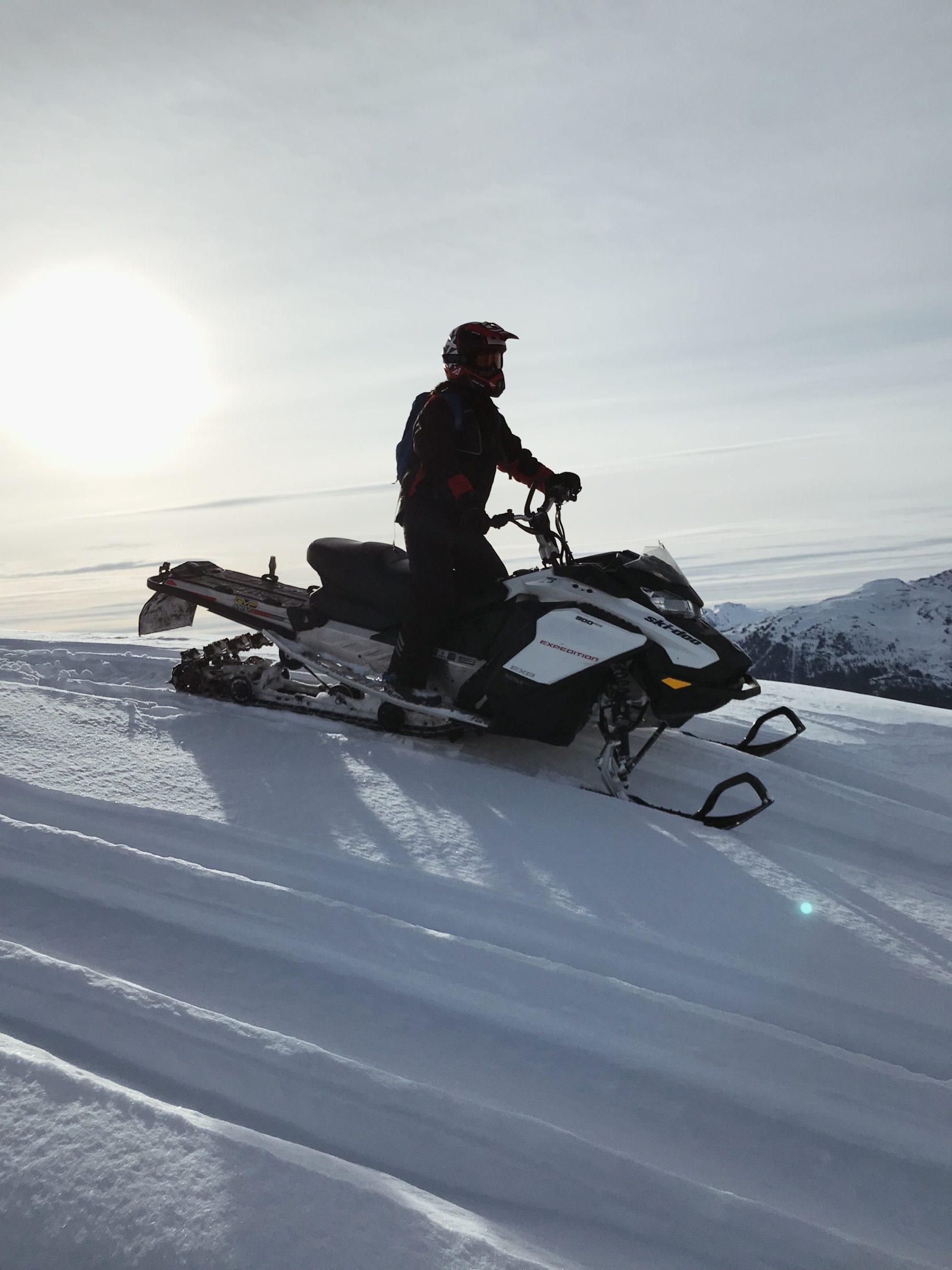 Snow-Mobile Tour Whistler - Bikinis & Passports
